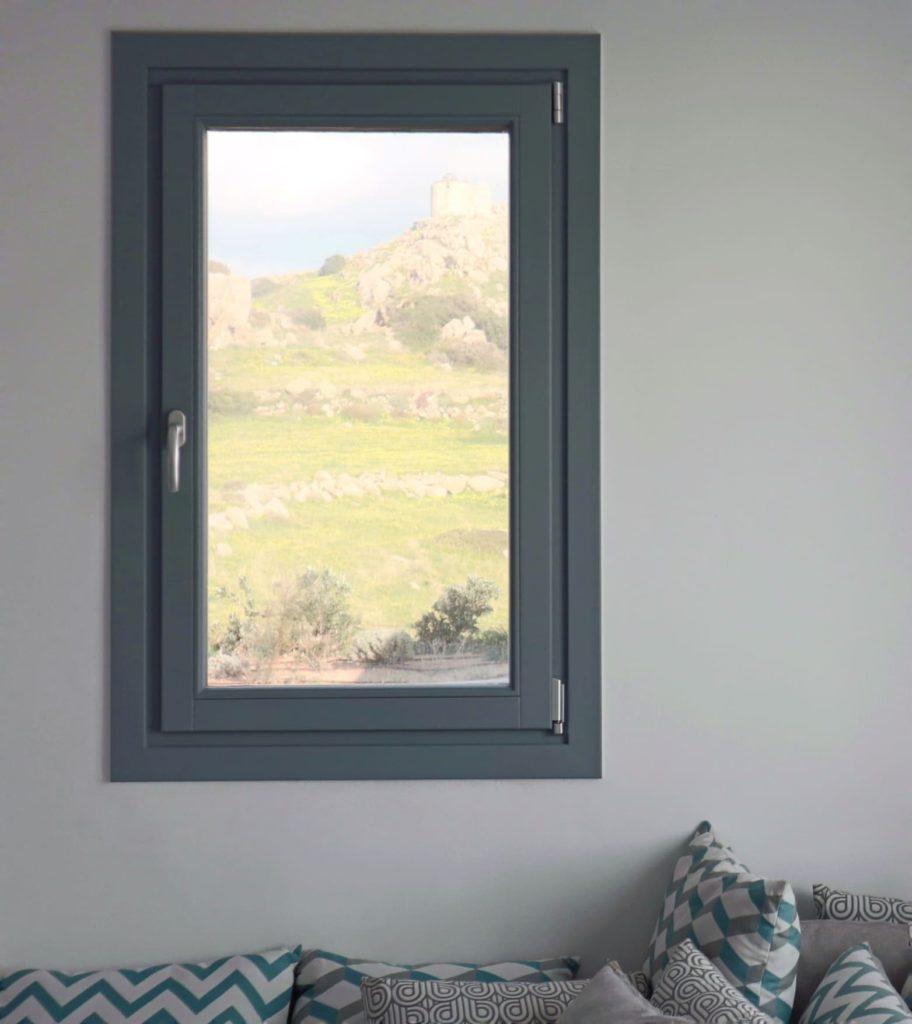 Ξύλινο παράθυρο γκρι
